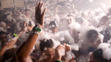 Uni Foam Party